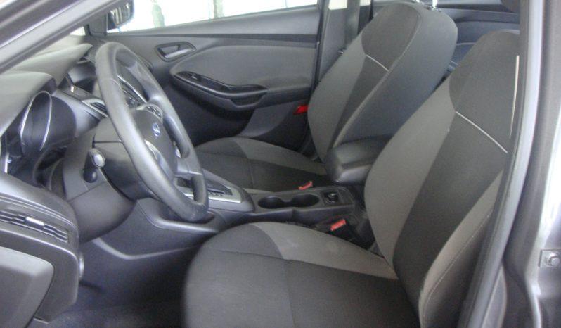 Ford Focus SE 2012 full
